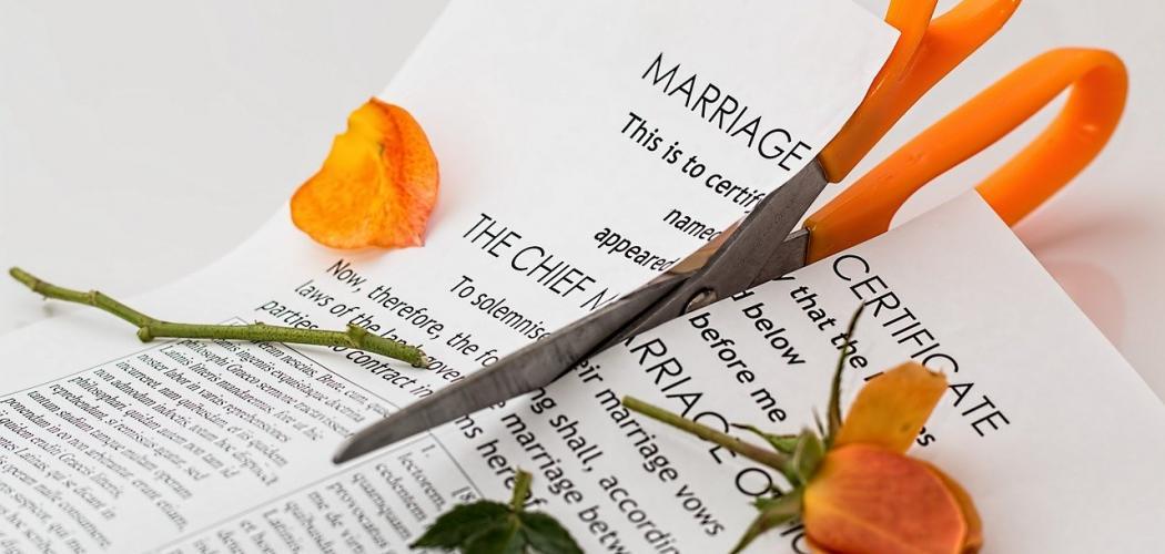 Karanténa je zkouškou i pro páry, v Číně po jejím ukončení prudce vzrostla rozvodovost