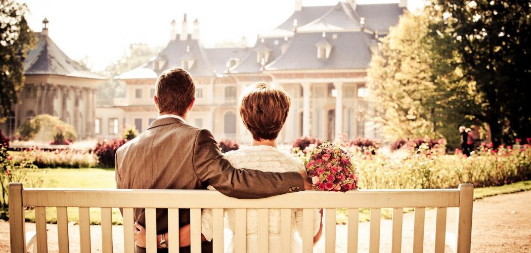 16.Dědická smlouva mezi manželi – smlouva mezi manželi o přechodu dědictví po smrti jednoho z nich